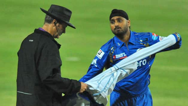 CLT20 2012: Harbhajan Singh criticises Mumbai Indians batting