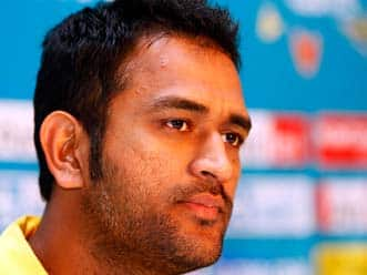 MS Dhoni erred in his decision to field first: James Franklin