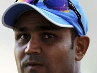 Delhi Daredevils win toss, elect to bowl against Chennai Super Kings in IPL 2012 match