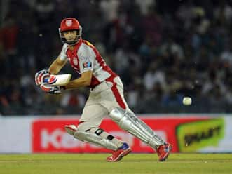 Adam Gilchrist returns as Chennai put in to bat