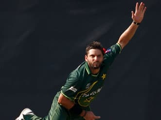 PCB chief reacts cautiously on Afridi's retirement