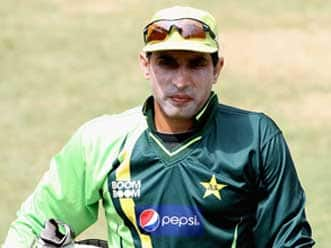 Misbah urges new players to rebuild national team