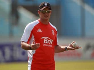 Andrew Strauss to camp in India to prepare for Pakistan series