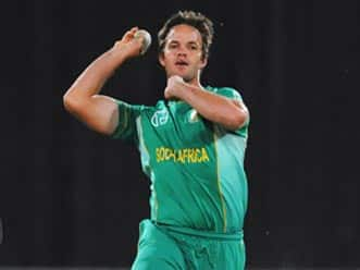 Albie Morkel included in South Africa squad for ODIs against Sri Lanka