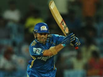 IPL 2012: Bowlers should not get bogged down by players like Sachin Tendulkar, says EAS Prasanna