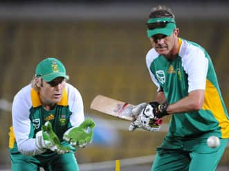 Preview: South Africa chase knock out qualification at Eden Gardens