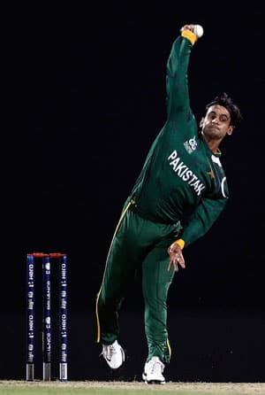 ICC World T20 2012: Former cricketers slam Hafeez, Whatmore after Pakistan's semi final loss