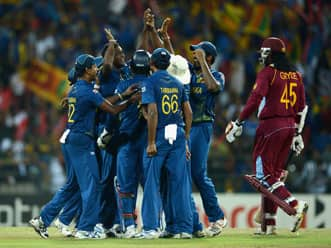 ICC World T20 2012: West Indies crawl to 137 against Sri Lanka despite Marlon Samuels' blitz