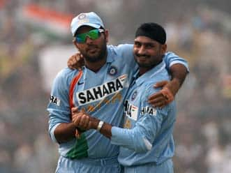 Yuvraj, Harbhajan back in Team India for ICC World Twenty20
