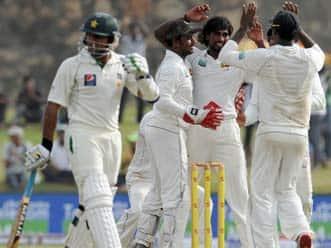 Sri Lanka pulverise Pakistan by 209 runs at Galle