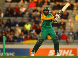 Amla guides South Africa to win over Bangladesh in non-cap T20 series