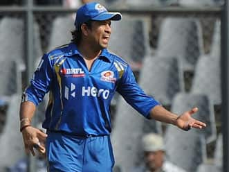 IPL is an outing for Sachin Tendulkar to make quick bucks: Bishan Singh Bedi