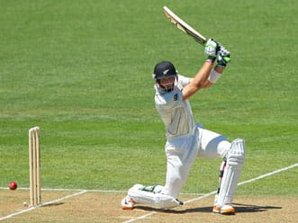 New Zealand reach 74 at lunch against West Indies after losing two early wickets