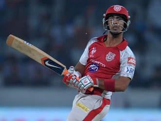 Mandeep Singh's fifty takes Punjab to 170