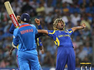 Sachin Tendulkar, Rahul Dravid, MS Dhoni, and 25 other superstitious cricketers