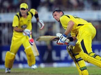 Michael Hussey inspires Australia to series win over Pakistan
