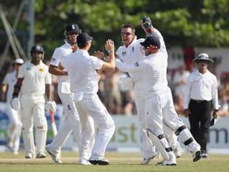Live Cricket Score, Sri Lanka vs England, 1st Test at Galle: Day three
