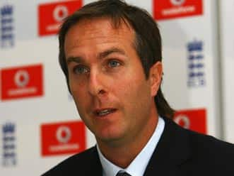 Vaughan lauds Dhoni's decision and calls Bell dozy