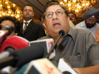 BCCI refuses to change stance on DRS