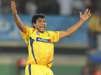 Dhoni and team effort should help Chennai quell Delhi's challenge