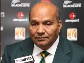 Intikhab Alam dropped as Pakistan team manager