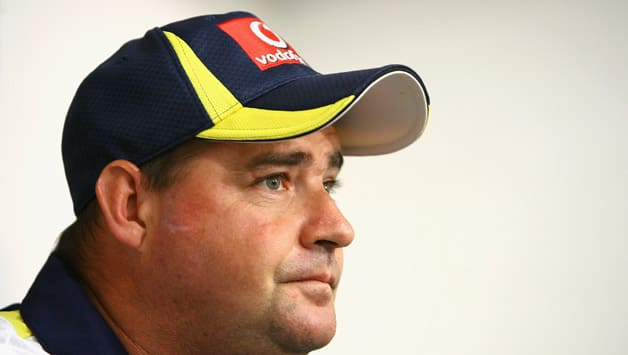 Mickey Arthur forced to delete Twitter account