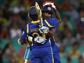 Sri Lanka thrash Australia by eight wickets in sixth ODI at Sydney