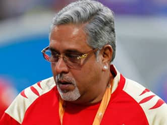 IPL 2012: Vijay Mallya defends son; says Sidhartha tweeted his impressions about the lady