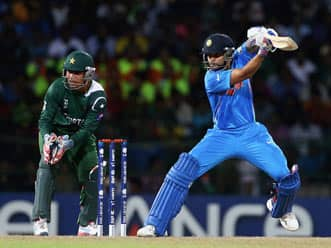 ICC World T20 2012: Virat Kohli, Virender Sehwag lead strong Indian reply