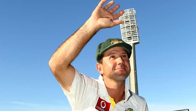 Australia vs Sri Lanka: Ricky Ponting does a lap of honour at Hobart