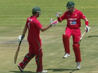 Brendan Taylor century fires Zimbabwe to 259