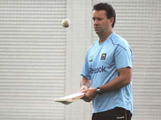 Sri Lanka coach Law not worried by players arriving late