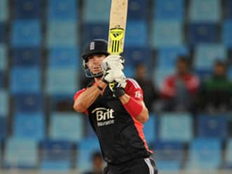 Kevin Pietersen slams century for Surrey in County Championship game
