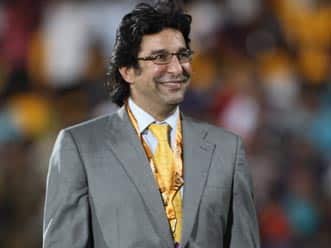 Wasim Akram slams MS Dhoni's defensive tactics in first Test