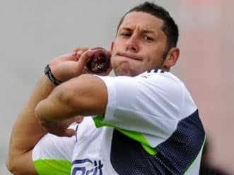 Flower worried by Bresnan's injury