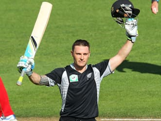 New Zealand amass 373 against hapless Zimbabwe in the third ODI