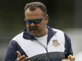 Arthur, Whatmore in running for post of Pakistan coach