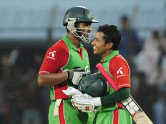 Bangladesh win toss, put India into bat in the fourth Asia Cup 2012 match