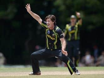 ICC World T20 2012: Brad Hogg assists Australia to crush New Zealand in warm-up match
