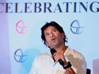 Sachin Tendulkar to be felicitated with 100 gold coins by MCA
