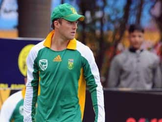 De Villiers likely to replace Smith as South African Test captain