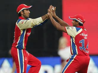 Gayle returns as Royal Challengers Bangalore elect to bowl against Kolkata Knight Riders