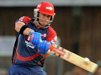 Delhi pip Pune in a thriller; register first win
