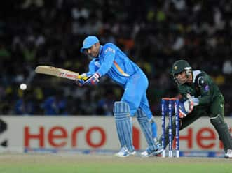 Virender Sehwag needs to take more responsibility