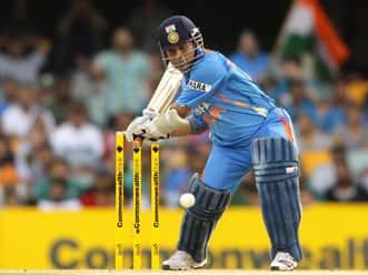 Former cricketers laud 'champion' Sachin Tendulkar's great feat