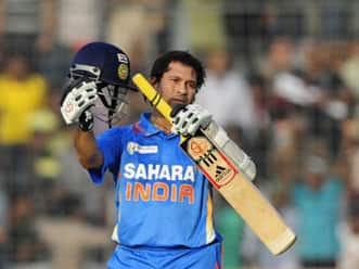 Corporate India pays tribute to Sachin Tendulkar for scoring 100th century