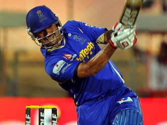 IPL 2012: Owais Shah reprimanded for abuse of ground equipment