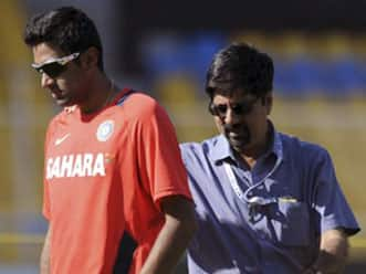 Srikkanth impressed by Ashwin, Ojha's performances