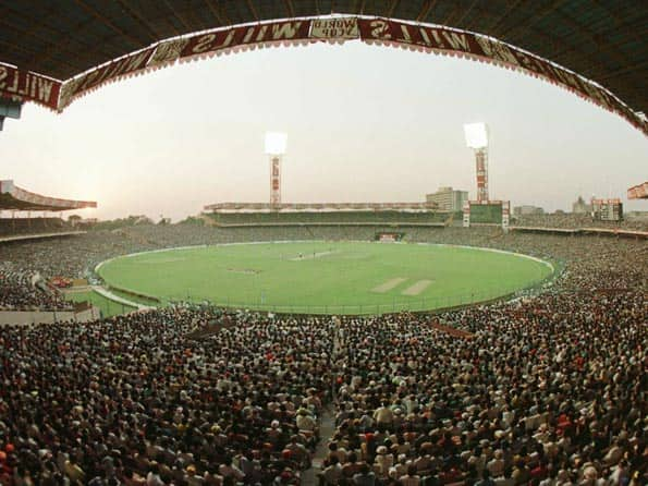 Informed Analyst vs Prejudiced Fan - 42 fallacies of cricket discussions
