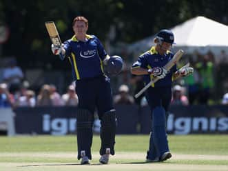 O'Brien and Marshall crack tons in same T20 innings